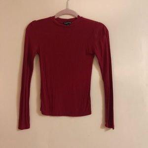 Size Small Red Long Sleeve ❤️